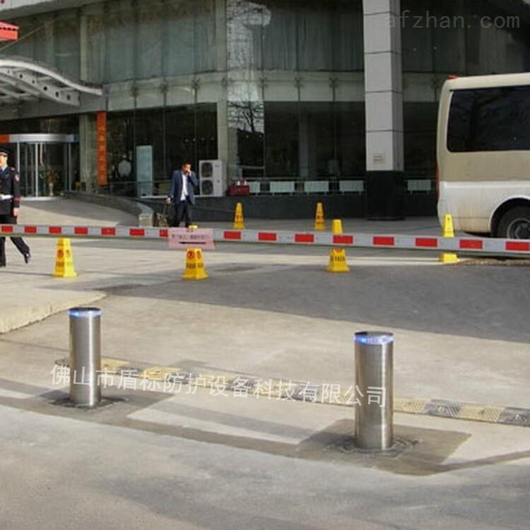 度假村酒店停车场出入口手动升降止车柱路障